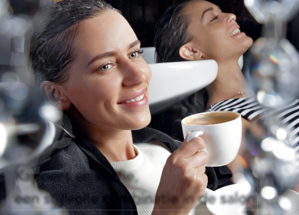 Kappers en koffie, een stijlvolle combinatie in de salon